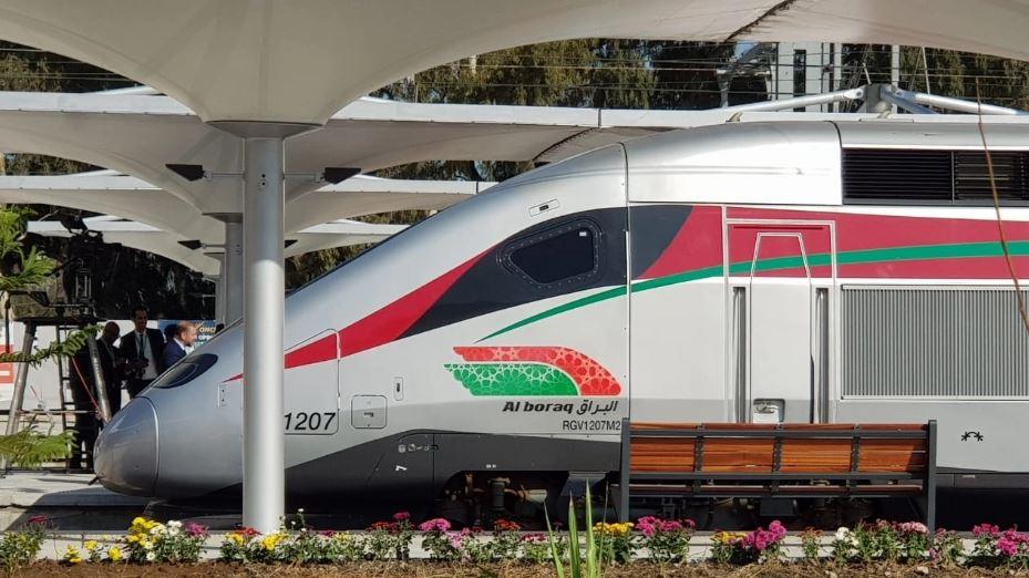 """عدد مستعملي القطار فائق السرعة """"البراق"""" يصل قريبا إلى مليون مسافرا وهذه هدية صاحب التذكرة 'المليون'"""