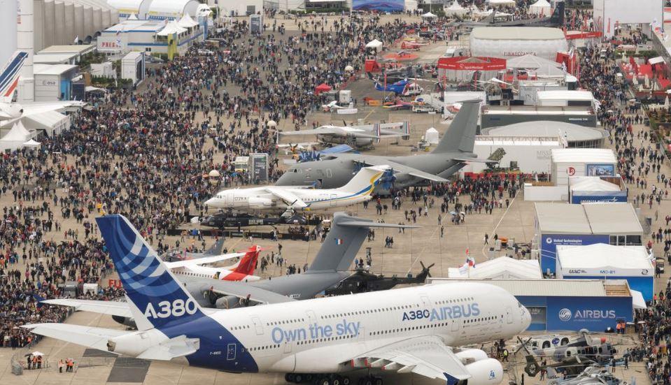 """باريس..افتتاح """" معرض الطيران والفضاء الدولي لو بورجي """" بمشاركة المغرب"""