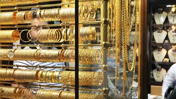 الحكومة تتجه إلى رفع ضرائب مجوهرات الذهب والفضة في 2020