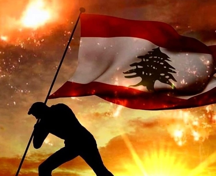 اللبنانيون يعتصمون على طريقتهم وصورهم تشعل مواقع التواصل الاجتماعي