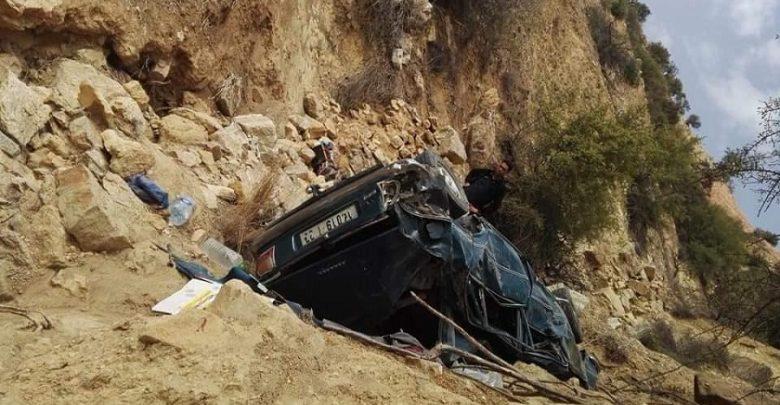 تيزي نتيشكا 3قتلى في حادث سقوط سيارة بمنحدرات