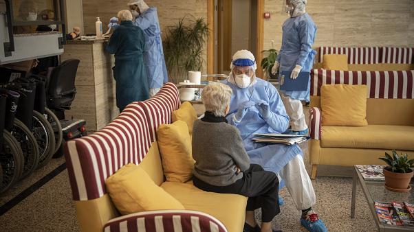 خطير: الموجة الثانية من وباء كورونا ستهم الأشخاص ذوي الأمراض المزمنة