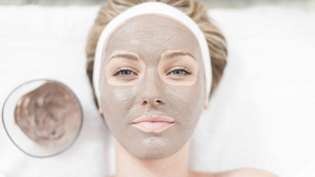 مشاكل بشرة الوجه